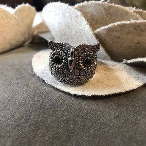 NWOT Silver Owl Stretchy Ring